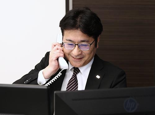次長 宮﨑 泰宏